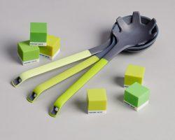 Küchenutensilien in Pantone-Farben