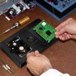 Arbeitsstation zur Festplattenmontage, ABS-ESD7
