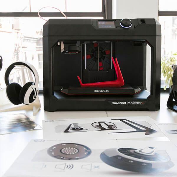 3D Drucker FDM von makerBot