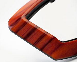 Konsole mit Holzdekor – Stratasys J750 Vivid Colors