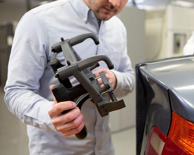 Montagevorrichtung für die Automobilindustrie