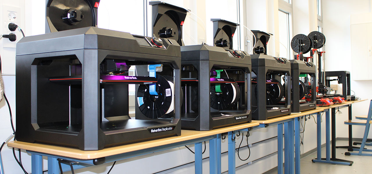 MakerBot Replicator+ in der Johann-Textor-Schule