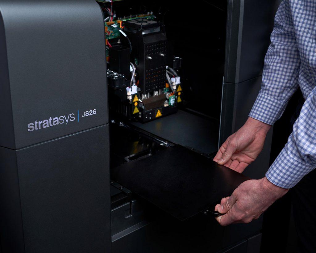Der Stratasys J826 bietet einen Bauraum von 255 x 252 x 200 mm
