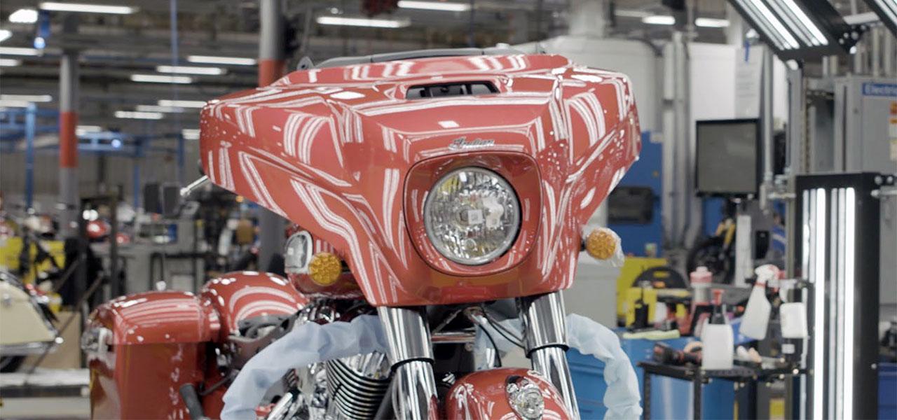 Die innovativen 3D-Druckmaterialien von Stratasys ermöglichen es Indian Motorcycles, strenge kosmetische Standards für Chrom und lackierte Teile einzuhalten.