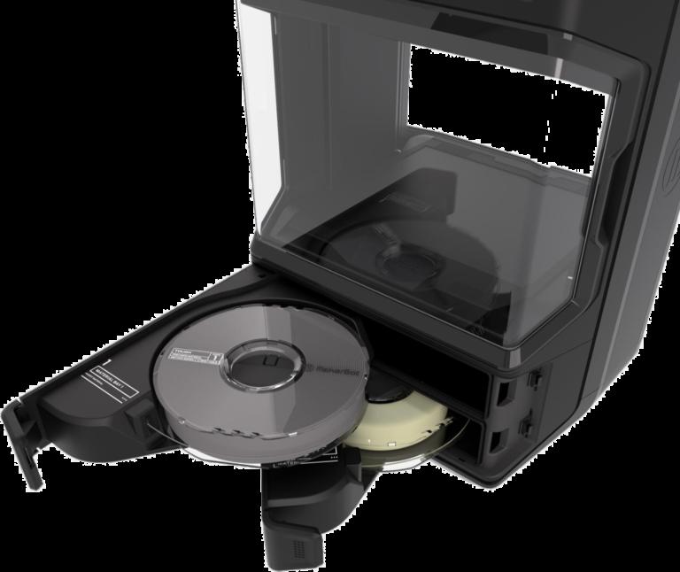 Die versiegelten Materialschächte sind ein Vorteil für den MakerBot Method als besten 3D-Drucker